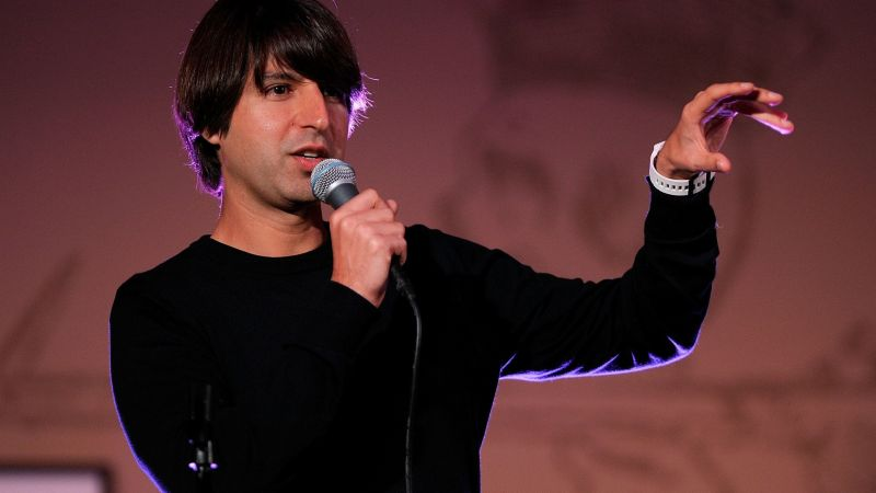 Demetri Martin: Let's get Awkward Tour at The Wilbur Theatre